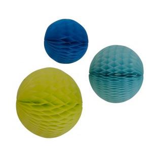 tapis en boules de crochet le ons de choses kidzcorner. Black Bedroom Furniture Sets. Home Design Ideas