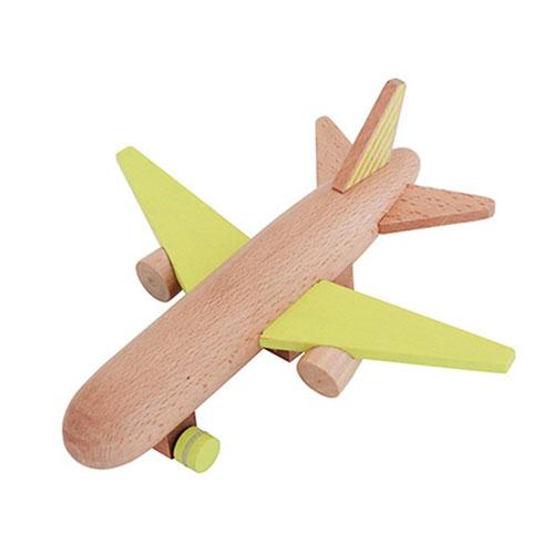 Avion en bois jaune