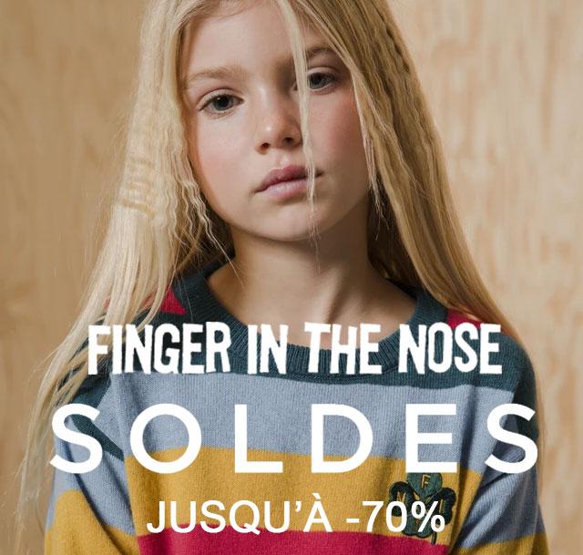 Soldes Finger in the nose